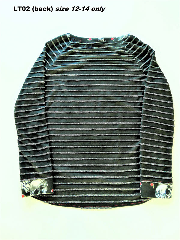 LT02 Ladies top (back) size 12-14 only